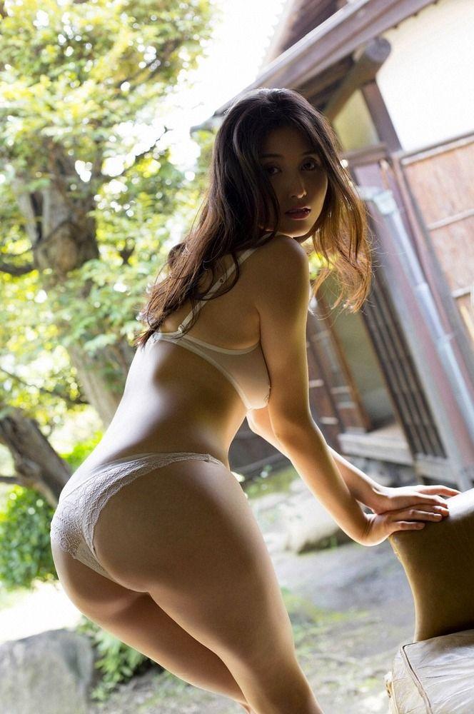 下着姿の橋本マナミの画像 美人画像・美女画像投稿サイトの4U (via http://4u-beautyimg.com/image/f4549115643e2aa13f449232dd7f96ee )
