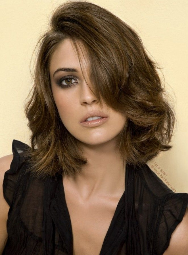 Glossy Attractive Elegant Middle Wave Lace Front 100% Human Hair Wigs 12 Inches