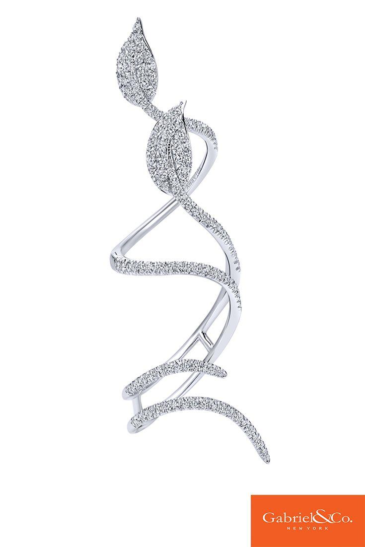 A gorgeous Amavida 18k White Gold Diamond Ring from Gabriel & Co.