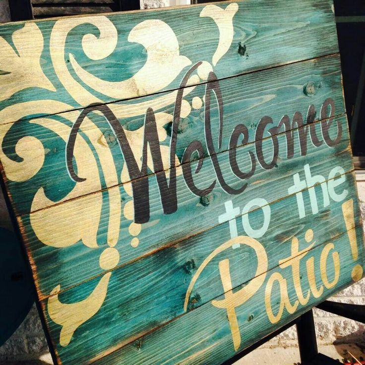 welcome to the patio -- pallet art