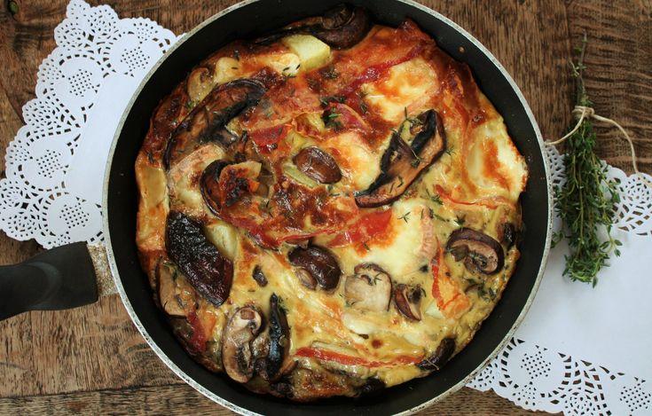 I love frittata's. Ik heb nu een leuke herfstcombi bedacht die goed in de smaak valt na het succes van de frittata met artisjokkenharten en krokant gebakken Parmahamen frittata met chorizo, geiten...