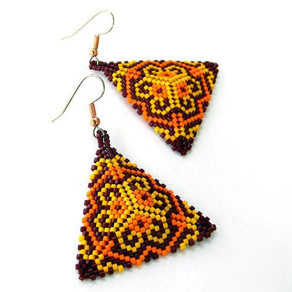 Seed bead earrings  Triangle Peyote Earrings  dark by Anabel27shop