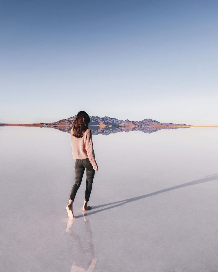 https://i.pinimg.com/736x/fe/7f/ce/fe7fce17ebd2da0229e3ad837275c9df--bonneville-salt-flats-salt-flats-utah.jpg