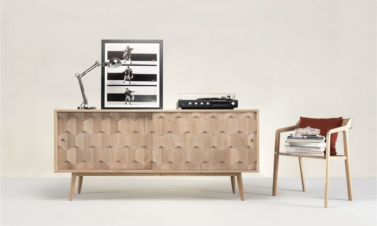 What a lovely living room decor with the amazing scarpa sideboard, don't you agree? #scarpa #sideboard #console #storage