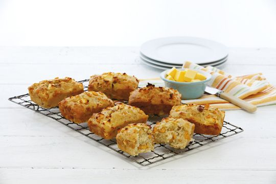 These Corn, Bacon and Feta Loaves are sure to be a lunchtime favourite!