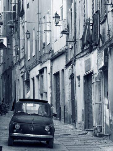 Fiat Driving in Narrow Street, Sassari, Sardinia, Italy #TuscanyAgriturismoGiratola