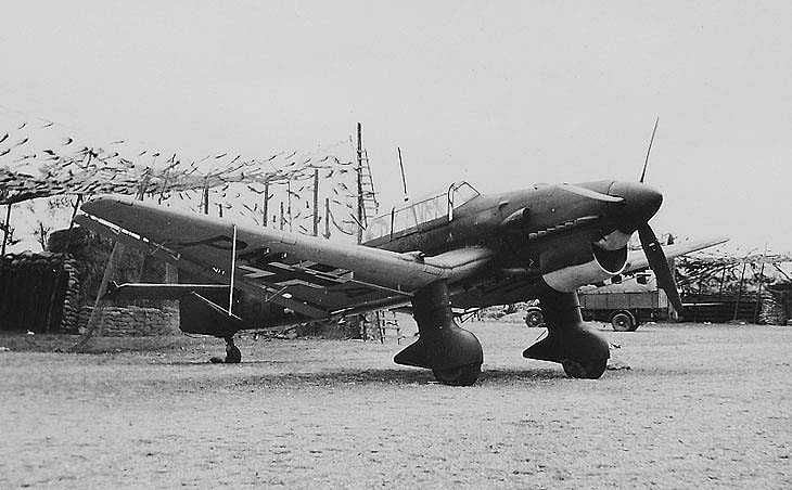 Tamiya / Italeri 1/48 scale Junkers Ju 87 R Stuka by Maxim