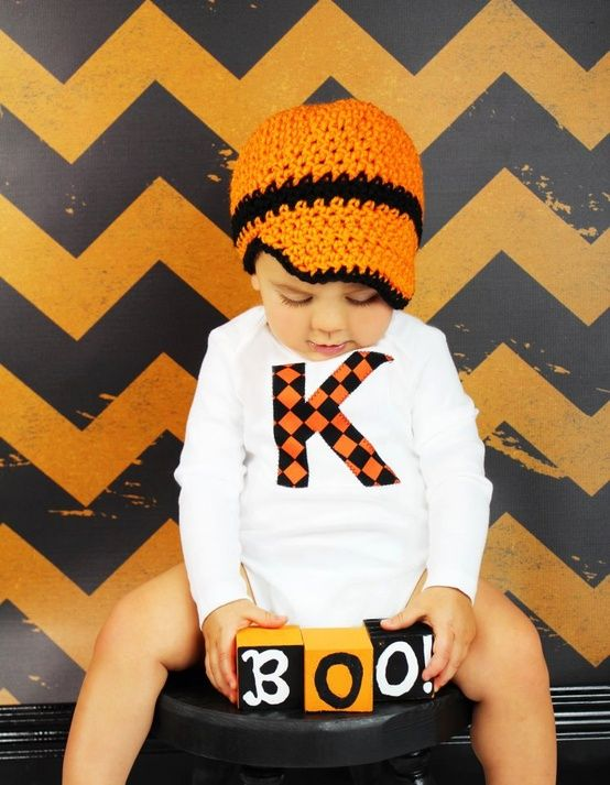 Baby Boy Halloween/Fall onesie and crochet hat set: Black Backgrounds, Boys Halloween Fal, Halloween Photo, Hats Sets, Cute Halloween, Boys Onesie, Crochet Hats, Halloween Crochet, Baby Boys Halloween