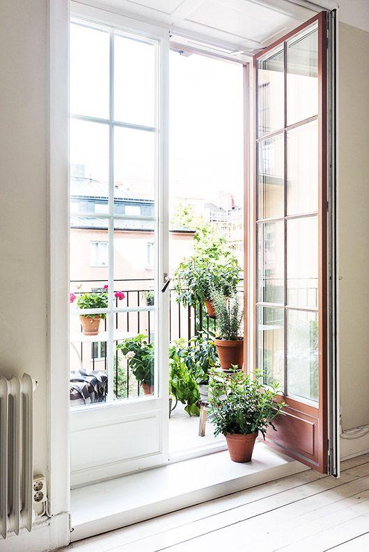 garden terrace in stockholm apartment for rent via fantastic frank / sfgirlbybay