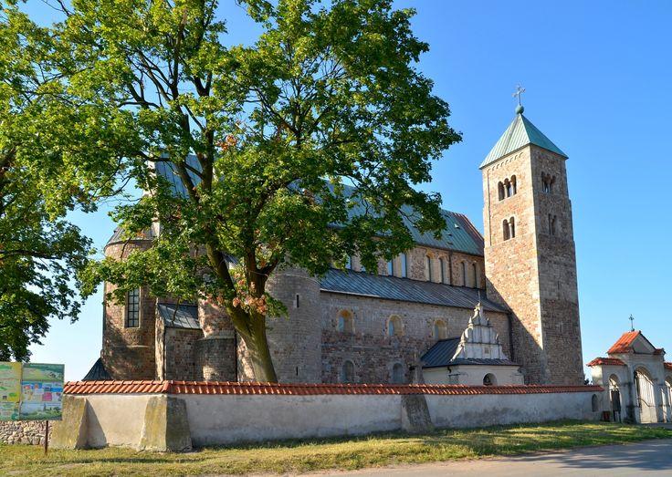 Atrakcje Łódzkiego - archikolegiata łęczycka w Tumie