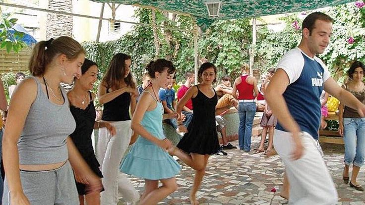 Spanische Tanzrhythmen könnt ihr in unserer Sprachschule in Malaga nach dem Sprachkurs lernen. :-) #Spanischlernen #Sprachkurs #Tanzen #Malaga #Sprachreise #Sprachferien #Spanien #Flamenco #Steinfels
