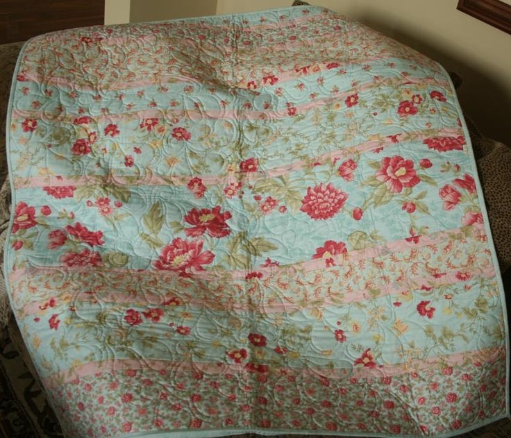 313 best Darling quilts images on Pinterest | Bath, Colors and ... : shabby chic baby quilt - Adamdwight.com