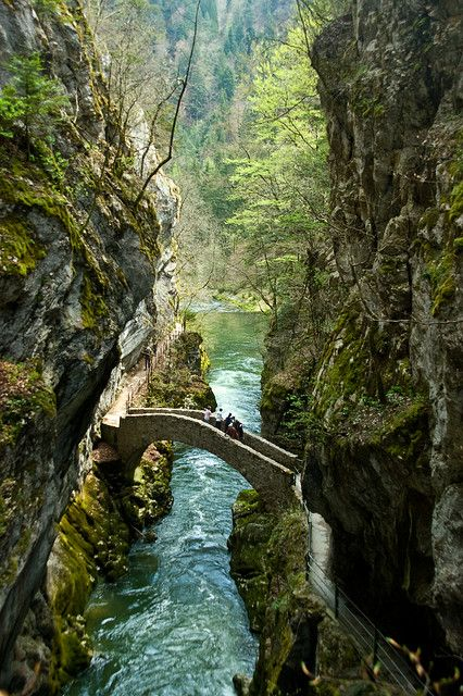 Gorges de l'Areuse, Switzerland  The Val de Travers is a Jura mountain valley perpendicular to the main valleys (hence the name). The river Areuse has cut itself steeply through the soft limestone and clay sediments.