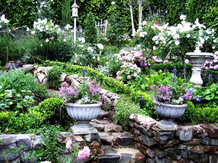 English Gardens - SeebyseeingGardens Ideas, Garden Design, English Cottage Gardens, Gardens Traditional, English Gardens, Front Yards, Cottages Gardens Design, English Cottages Gardens, Yards Ideas