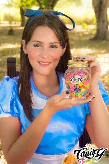 @CandySupplies #HechoEnVenezuela #PartyPlanner #EventPlanner #DecoracionDeEventos #FotografíaProfesional #DrinkMe #EatMe #SesionFotografica #AliceInWonderland #SombrereroLoco #MadHatter #Clock #Monagas #DownTheRabbitHole #AliciaAtravesDelEspejo #HelenaBonhamcarter #miawasikowska #TeaParty #JustLikeFire #MesadeTe #Timburton #pink #johnnyDepp #AliceInWonderlandParty #HoradelTe  #Venezuela TEAM CANDY