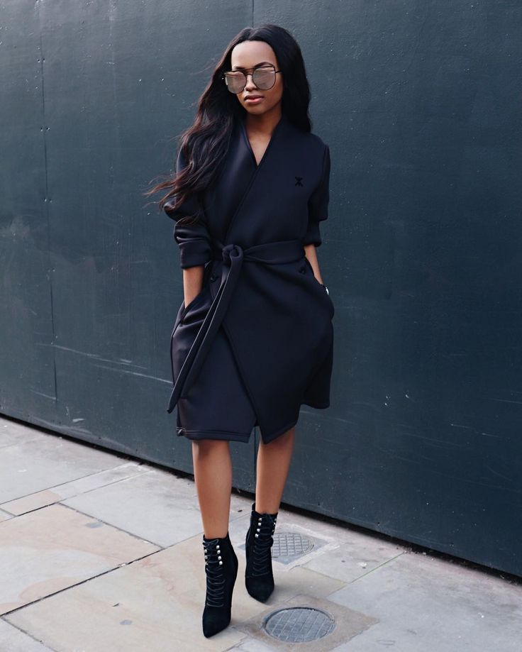 BRITISH FASHION BLOGGER, @mpholebajoa