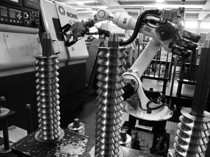 Herramientas de alta tecnologías, para procesos de perfecta precisión, son elementos esenciales en la fabricación de nuestros productos.  #ducasseindustrial #fabrica #productos #industries