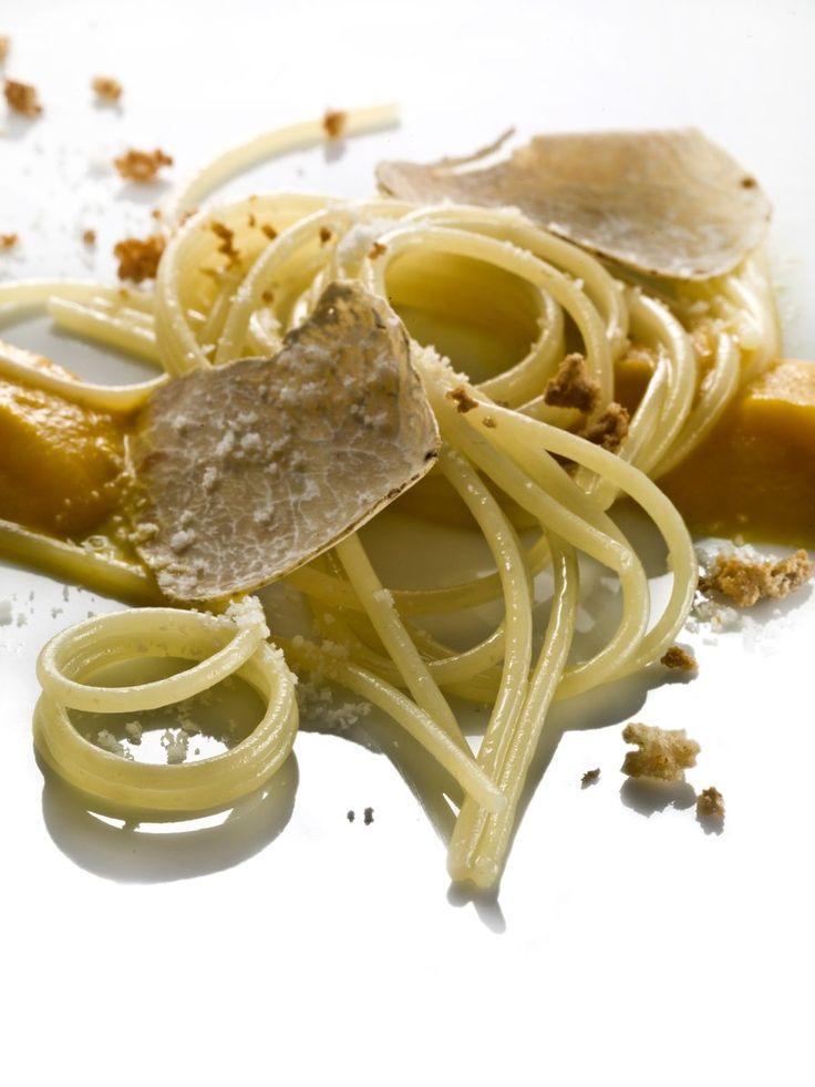 Fedelini con burro, parmigiano, zucca e tartufo bianco - Chef Heinz Beck