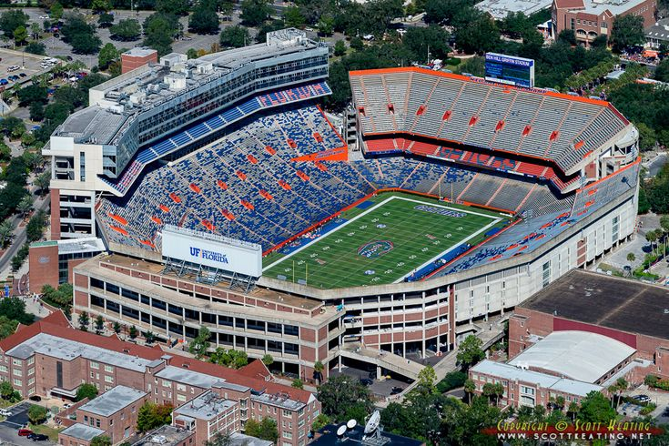 Top Ten College Football Stadium Experiences - Cleat Geeks
