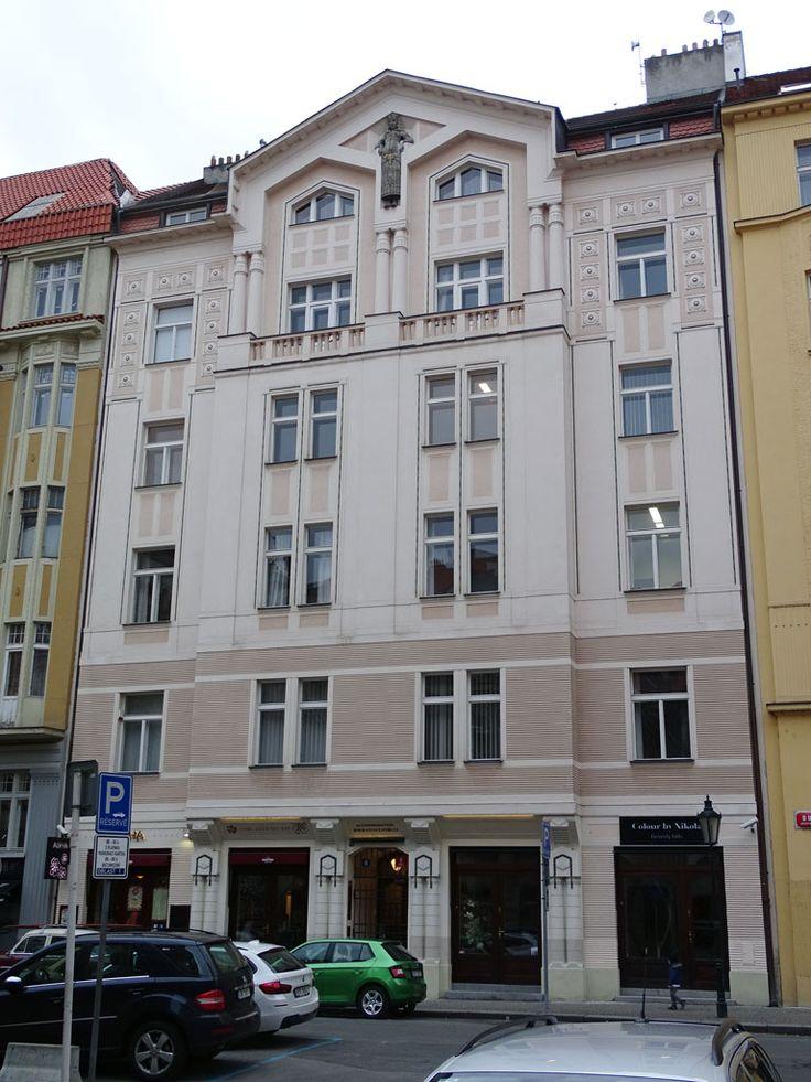 Praha, Dušní 11 (1912, arch. Miroslav Buriánek [?]), fot. PK