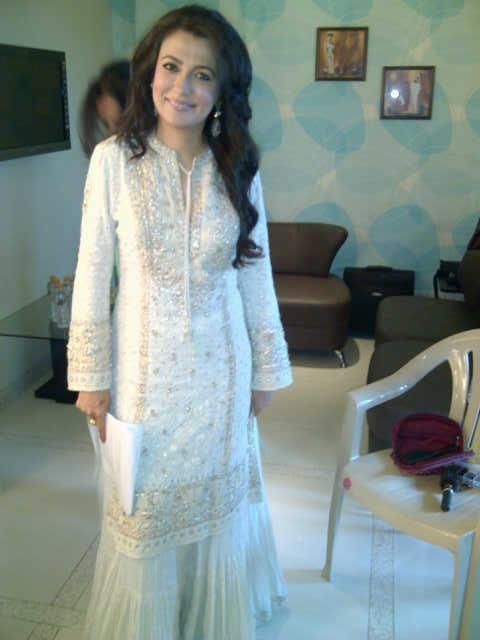 Mini Mathur looking as beautiful as ever in this Ritu Kumar Shifli Gharara.