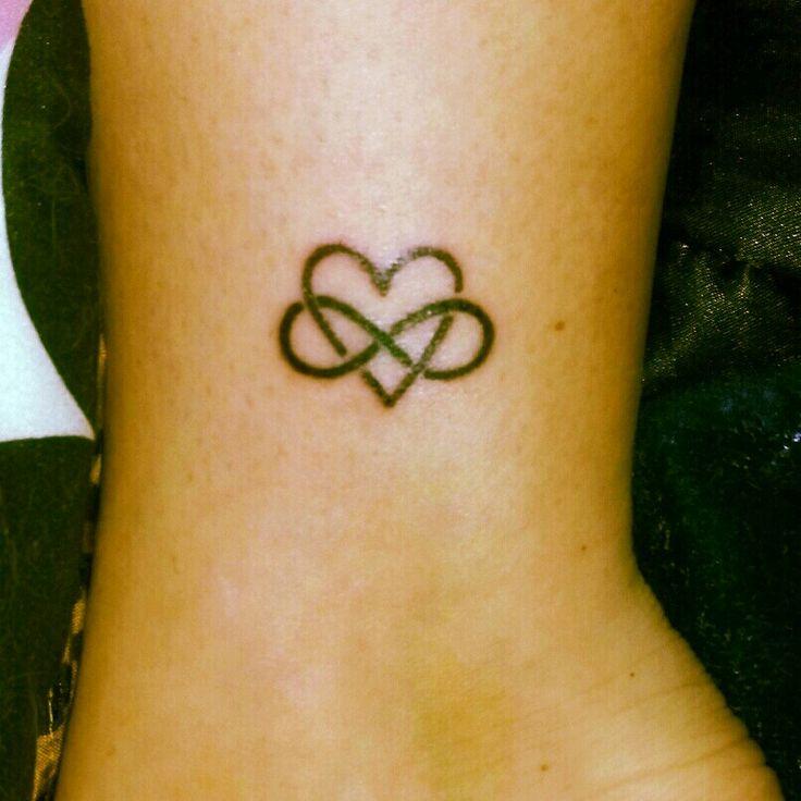 Die besten 25 family is forever tattoo ideen auf for Love always tattoo