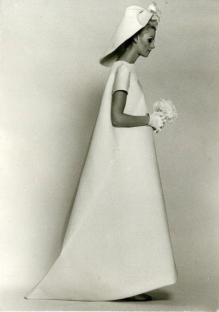 """Marcone Valentine: """"Os 28 poderosos da moda"""" / Balenciaga"""