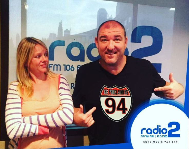 Lame or not? Kenny wants to wear this tshirt to the #theproclaimers tonight at the The Irish Village Dubai  Daisy seems to think it isn't the best idea... #kennyanddaisyshow #radio2uae #500miles #mydubai #myabudhabi #myuae @kennyjonesradio @daisyclarkson by radio2uae