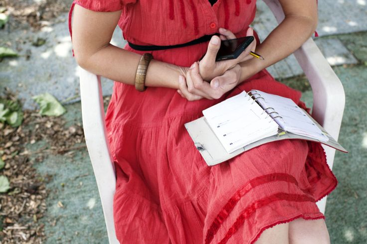 How to Be An Organized Mom - Habits of Organized Mom, Like the red dress with the ribbon at the bottom