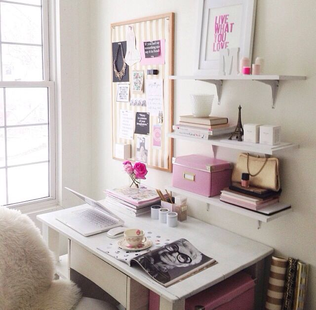20 Inspiring Home Office Design Ideas For Small Spaces: Best 20+ Desk Shelves Ideas On Pinterest