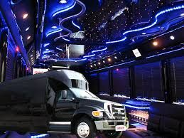 Las Vegas charter bus service has hardly any competitor. State-of-the-art services have created a huge passenger base who enjoy a safe and comfortable journey in this charter bus service.