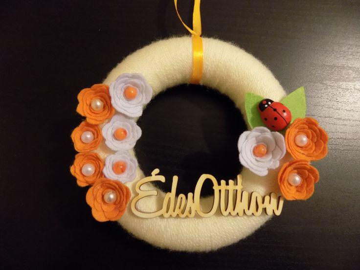 felt flowers wreath