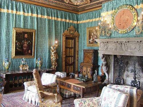 Rooms: Our Surprising World - Interior