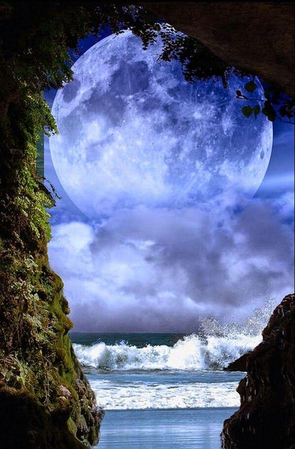 La luna y el mar