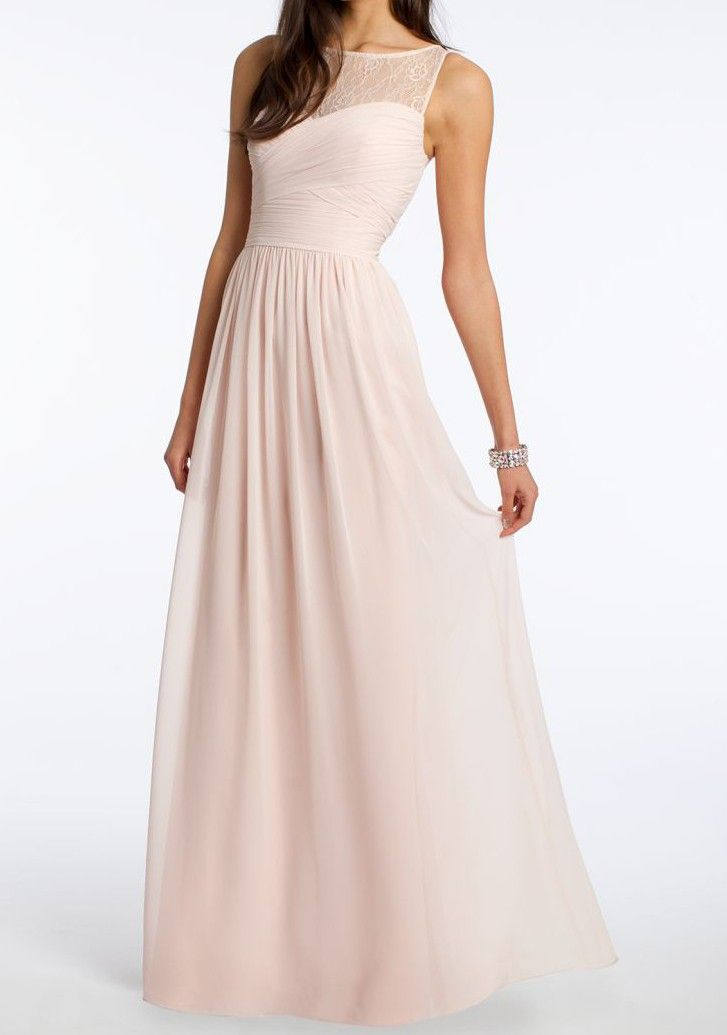 Literally everyone on the Internet loves this bridesmaids dress.