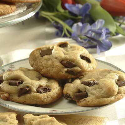Ya sea que prepares estas clásicas galletas en un molde, como masa para refrigerar o como galletas r...