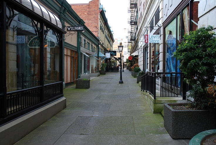 Typical Alley, Downtown Victoria
