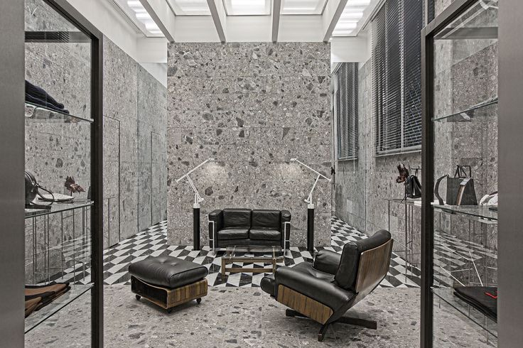 Milantrace2017 N°21 Flagship Boutique by Hannes Peer | Yellowtrace