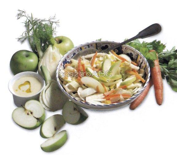 Téli saláta gorgonzolás öntettel | Receptek