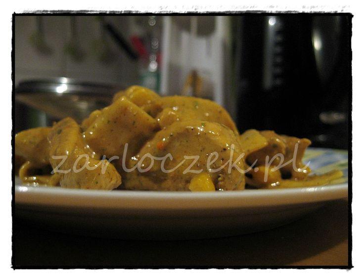 Kurczak curry z mlekiem kokosowym Chicken curry with coconut milk www.zarloczek.pl