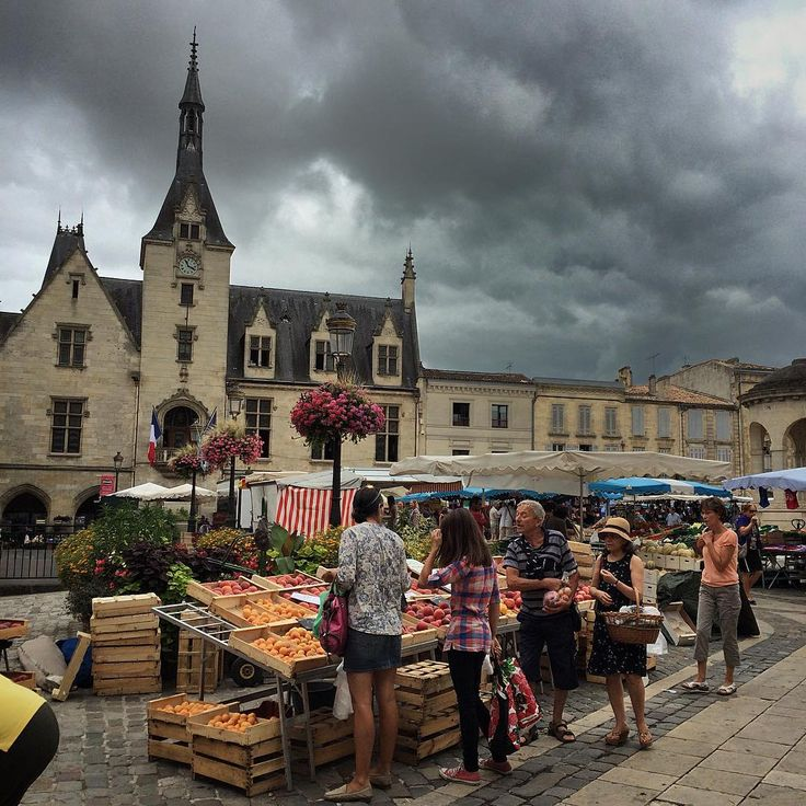 A quick visit to my market before it starts raining.