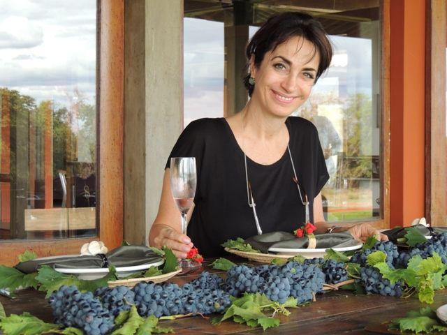Claudia Matarazzo, durante o almoço na sede da Vitivinícola Santa Maria, Lagoa Grande, PE, que produz os vinhos Rio Sol e Paralelo 8