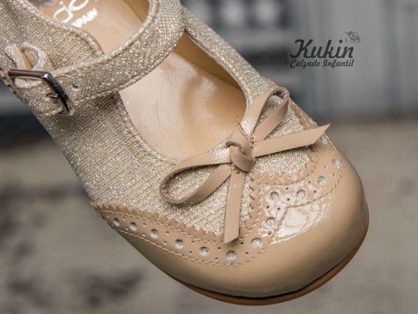 zapatos-ceremonia-niña calzado infantil - zapatos ceremonia niña - moda niña - zapateria infantil online - merceditas ceremonia niña - zapatos niña - moda infantil - kukin calzado infantil - dorados - charol - zapatos arras