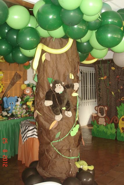 545 best images about parties jungle safari zoo on for Animals decoration