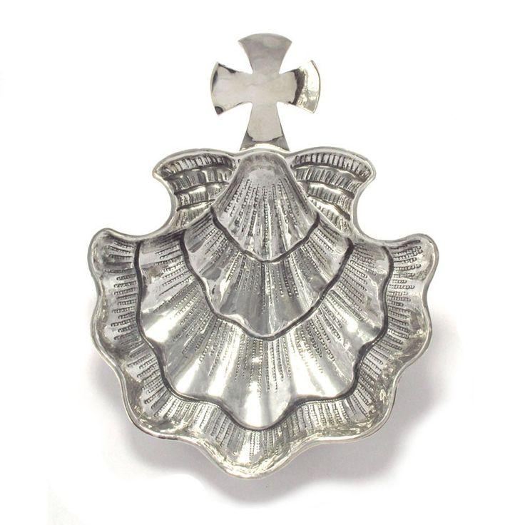 Concha de bautismo realizada artesanalmente en plata 925. Artesania de Galicia