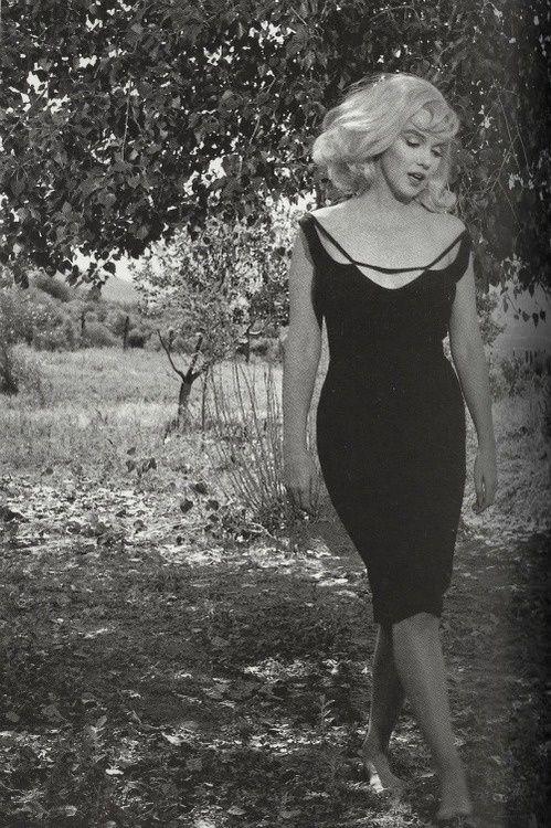 Marilyn Monroe In Classic LBD.