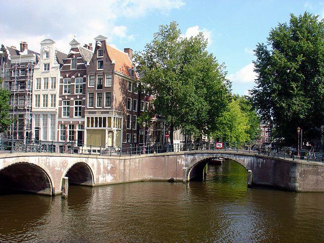 オランダ/アムステルダムと運河