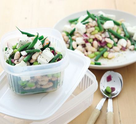 A fresh, low-calorie salad fit for a healthy lunchbox, crammed with green, edamame and cannellini beans