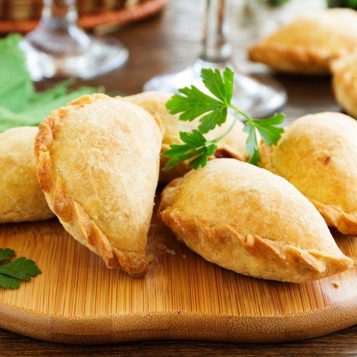 The 25+ best Empanada dough ideas on Pinterest | Cuban ...