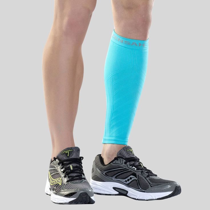 The Zensah Compression Shin Sleeve is a first of its kind in terms of performance and comfort. The dual action compression shin sleeve is designed with direct input from athletic trainers to the pros.